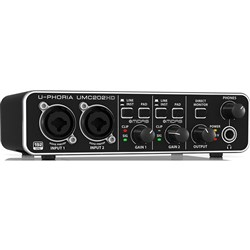 Behringer U-Phoria UMC202HD 2x2 USB Audio Interface (24-Bit/192kHz)