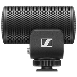 Sennheiser MKE200 Directional On-Camera Mic w/ Built-In Wind Protection & Shock Absorption