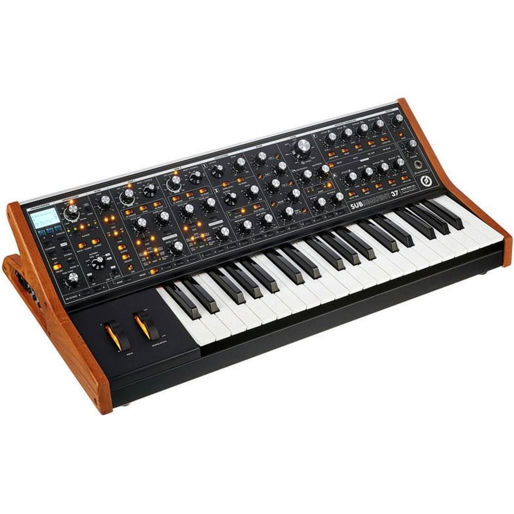 Keyboard Synthesizers - Store DJ